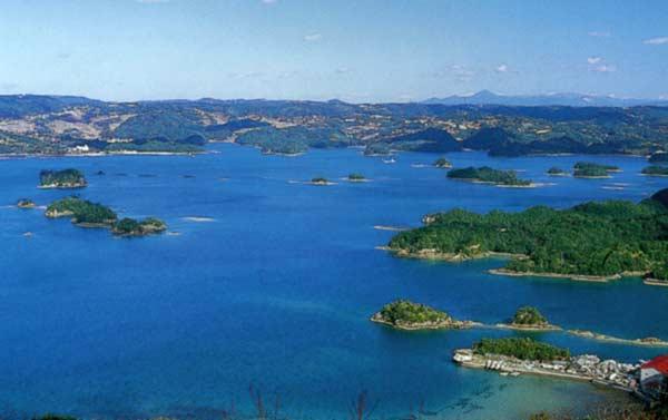 大小48もの島々がある「イロハ島」